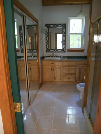 235 Her bath and dressing area.JPG