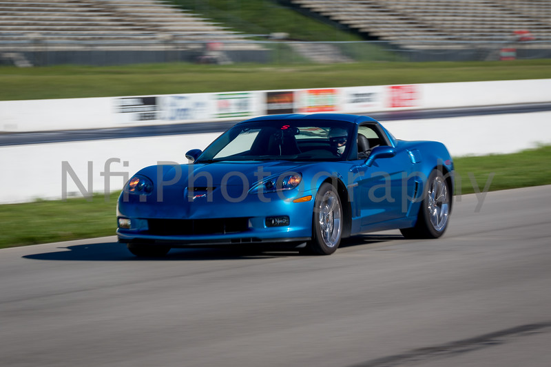Flat Out Group 1-442.jpg