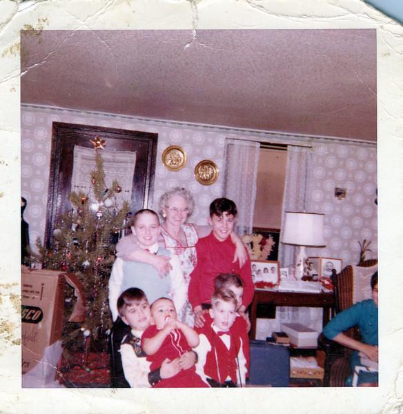 1959 Ken, Grandma Flo and Butch, bottom row.jpeg