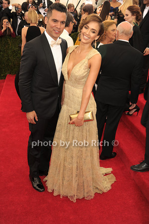 Cash Warren and  Jessica Alba  photo by Rob Rich © 2014 robwayne1@aol.com 516-676-3939