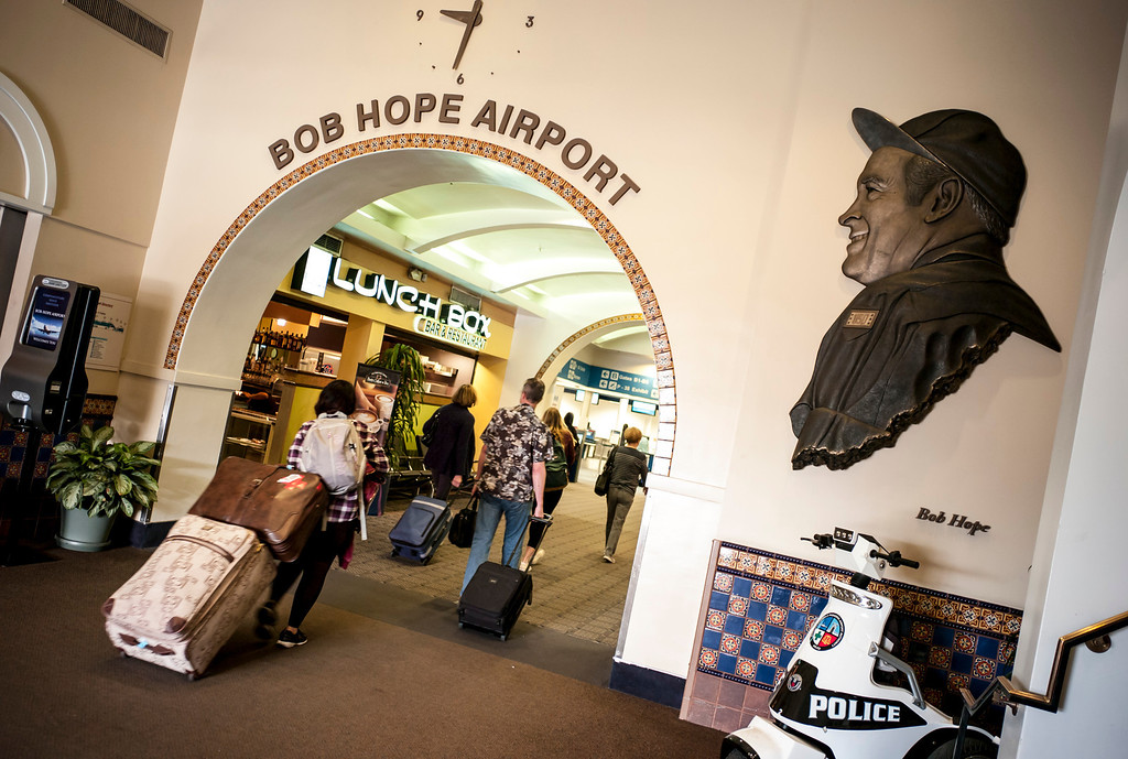 . Passengers enter the Bob Hope airport in Burbank, CA Tuesday, March 11, 2014.  (Photo by David Crane/Los Angeles Daily News)