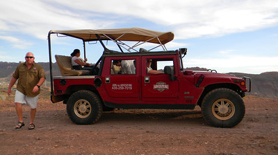 0525b Moab Hummer - Vickie Pics