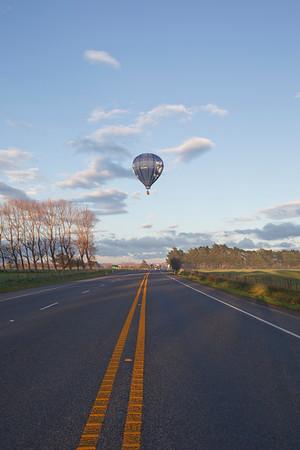 20110524 0757 Carterton ballooning _MG_8533a.jpg