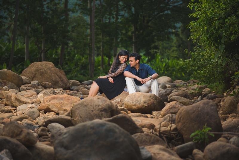 LightStory-Poorna+Vibushan-CoupleShoot-178.jpg