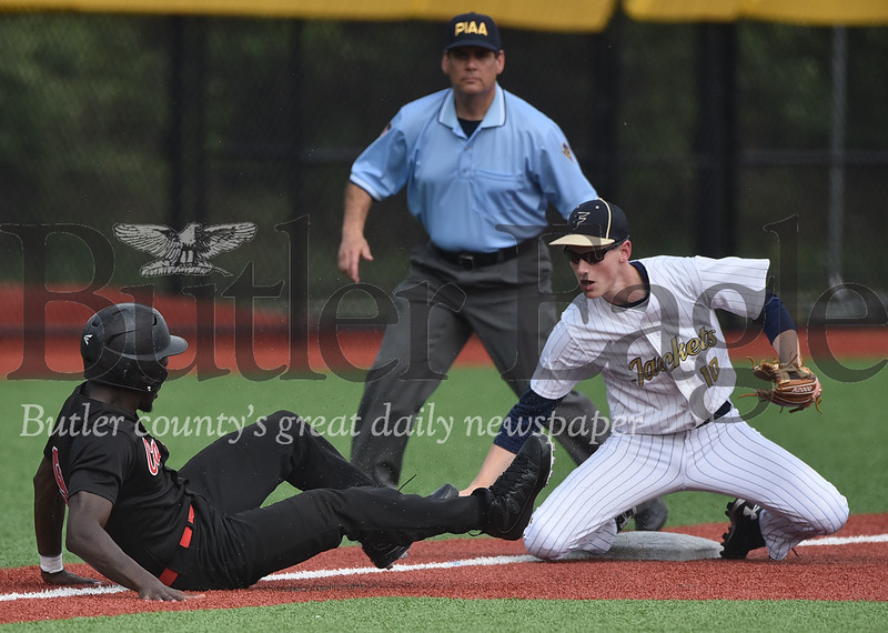 11782 Freeport vs New Castle WPIAL 4A First round Baseball Championship at Seneca Valley