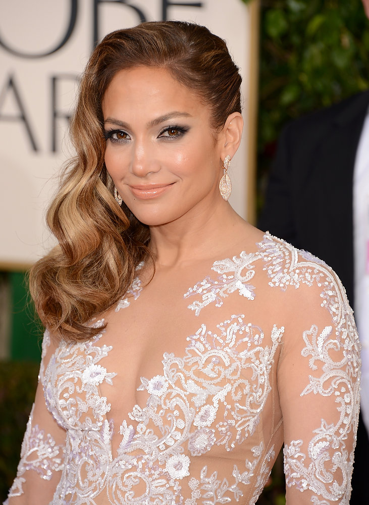 Description of . Singer-actress Jennifer Lopez arrives at the 70th Annual Golden Globe Awards held at The Beverly Hilton Hotel on January 13, 2013 in Beverly Hills, California.  (Photo by Jason Merritt/Getty Images)
