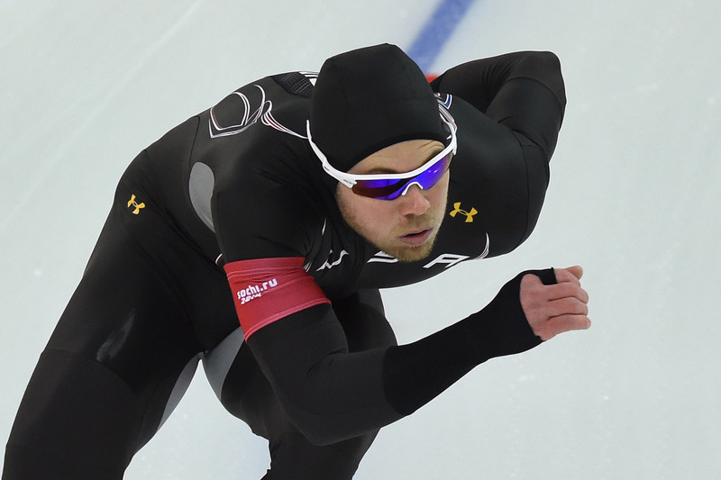 . US Joey Mantia competes in the Men\'s Speed Skating 1000 m at the Adler Arena during the Sochi Winter Olympics on February 12, 2014. (DAMIEN MEYER/AFP/Getty Images)