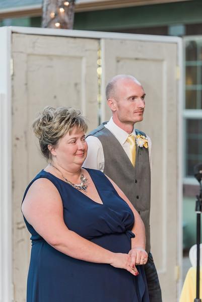 ELP0224 Sarah & Jesse Groveland wedding 3143.jpg