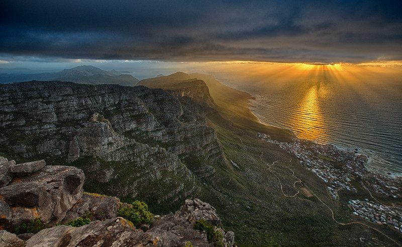 Table Mountain 2 (cropped).jpg