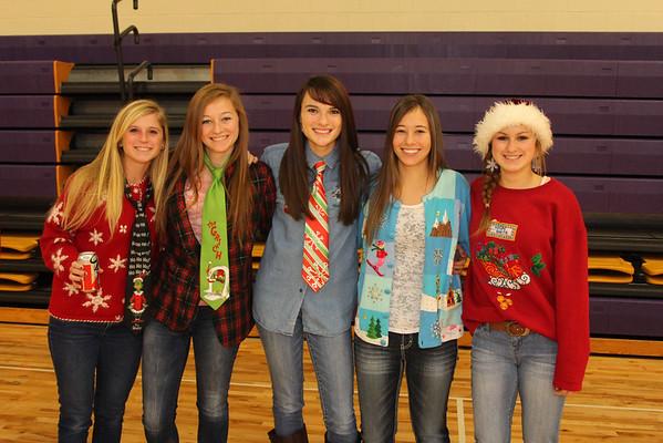 Christmas Sweaters - 12/20/13 - KCHS