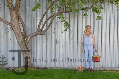 Katie - Vogue Gardening