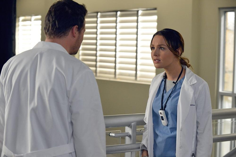 ". GREY\'S ANATOMY - ""You\'ve Got To Hide Your Love Away\""  (ABC/Eric McCandless) JUSTIN CHAMBERS, CAMILLA LUDDINGTON"