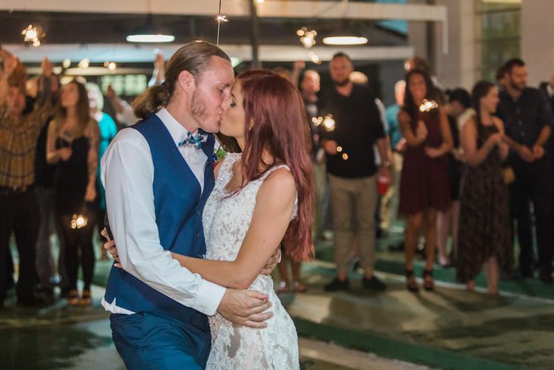 ELP1015 Tara &Phill St Pete Shuffleboard Club wedding reception 699.jpg