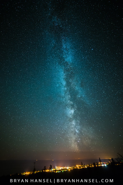 Milky Way over Grand Marais - Vert