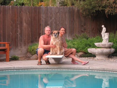 2008/09/13 >> In and around the pool