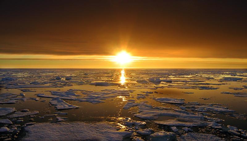 The sun at 4am over the ice. USCGC Healy, Arctic Ocean, 85° N