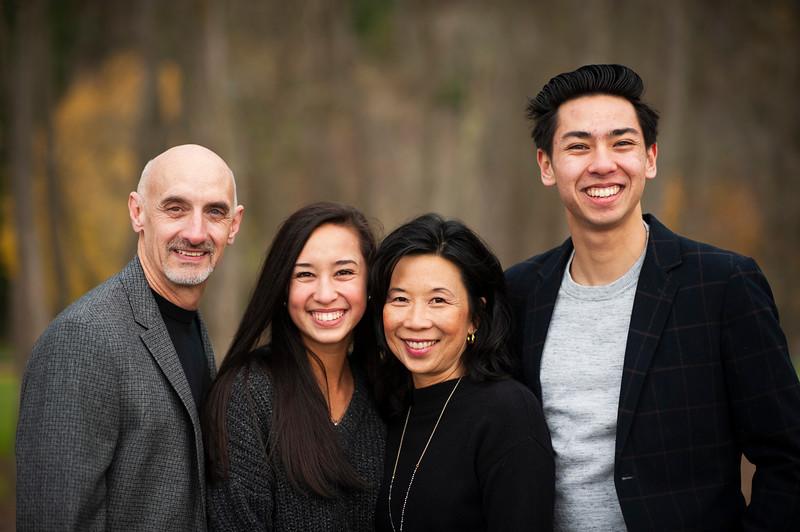 2018-1125 Reasoner Family Portraits - GMD1016.jpg