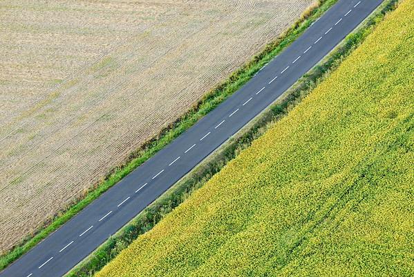 Routes et Champs vus d'en haut