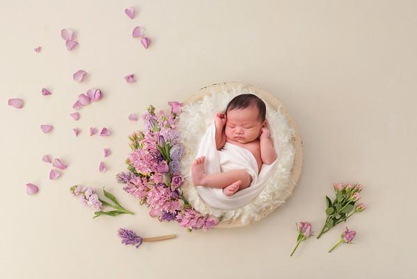 Chloe's Newborn Session - May 2021