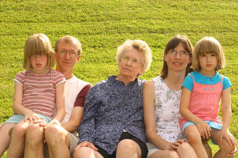 Rossi Family (7).JPG