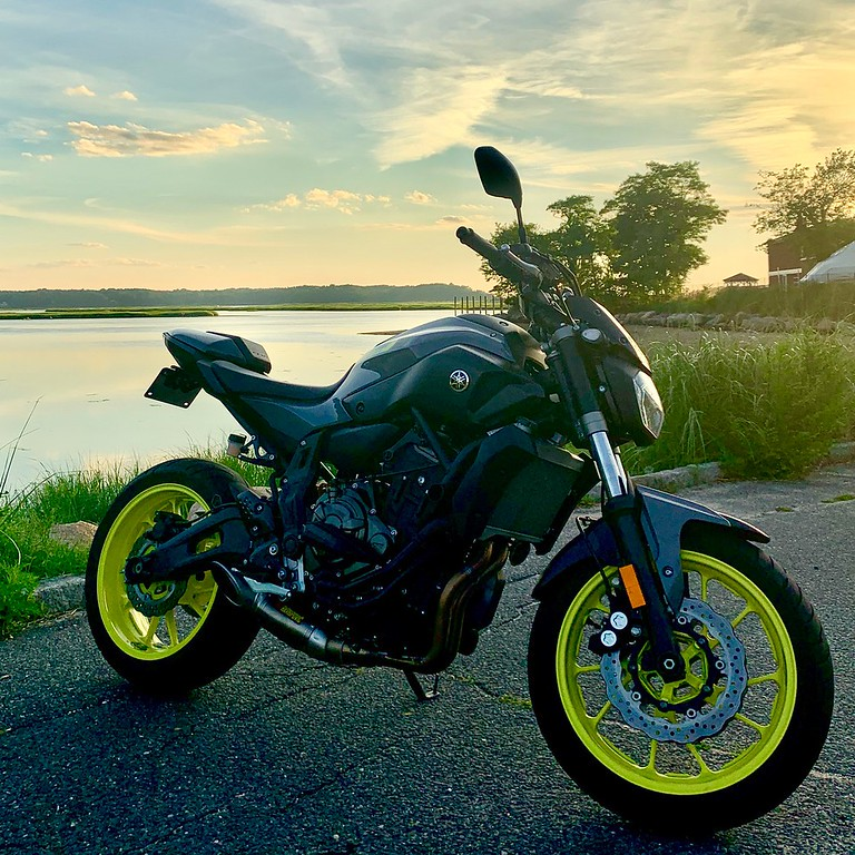 motorcycle blogger fuzzygalore yamaha fz07