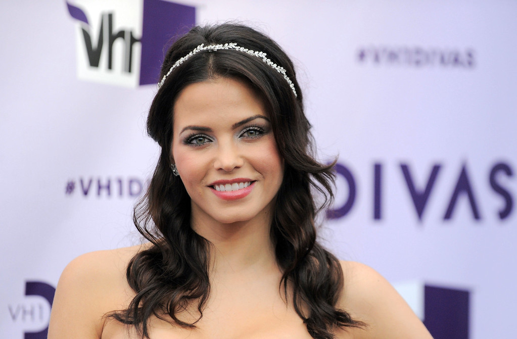 . Jenna Dewan-Tatum arrives at VH1 Divas on Sunday, Dec. 16, 2012, at the Shrine Auditorium in Los Angeles. (Photo by Jordan Strauss/Invision/AP)