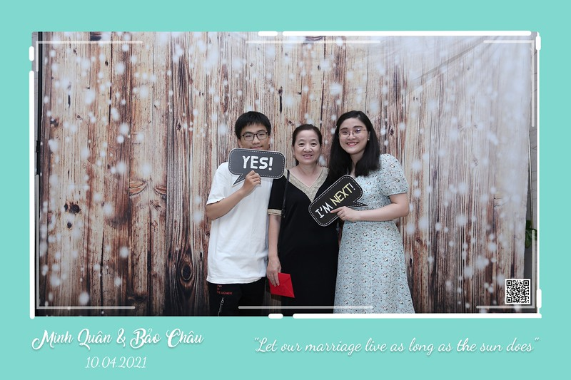 QC-wedding-instant-print-photobooth-Chup-hinh-lay-lien-in-anh-lay-ngay-Tiec-cuoi-WefieBox-Photobooth-Vietnam-cho-thue-photo-booth-090.jpg