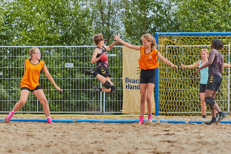 Molecaten NK Beach Handball 2017 dag 1 img 371.jpg