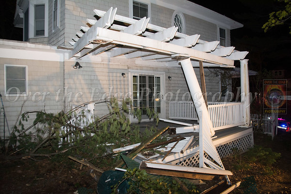 Oyster Bay Car vs House 04/26/2015