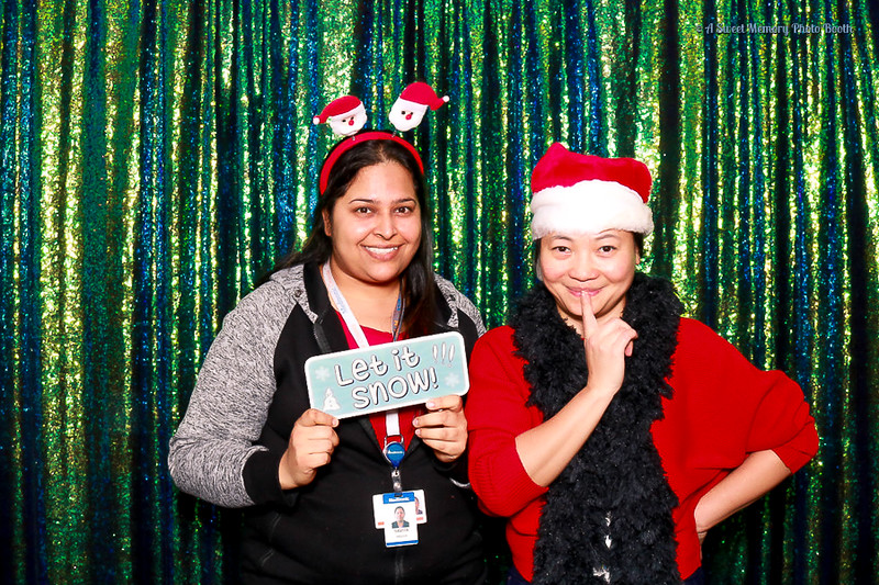 Medtronic Holiday Party -20.jpg