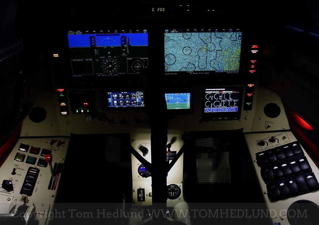IMAGE: http://www.tomhedlund.com/photos/i-cMLBnxF/0/XL/i-cMLBnxF-XL.jpg
