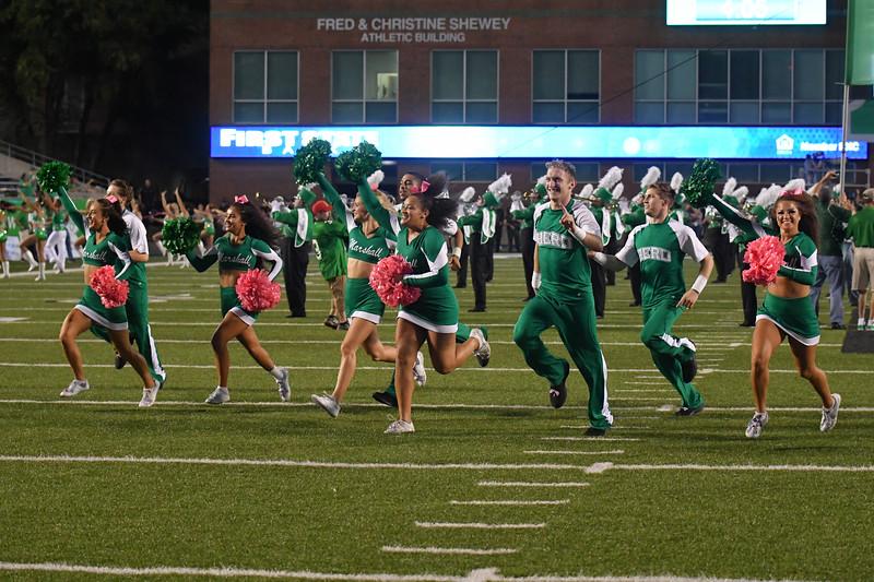cheerleaders0225.jpg