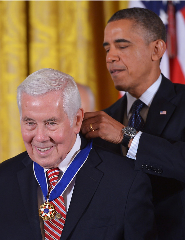 . US President Barack Obama presents the Presidential Medal of Freedom to former Senator Richard Lugar of Indiana during a ceremony in the East Room of the White House on November 20, 2013 in Washington, DC.  AFP PHOTO/Mandel NGAN/AFP/Getty Images