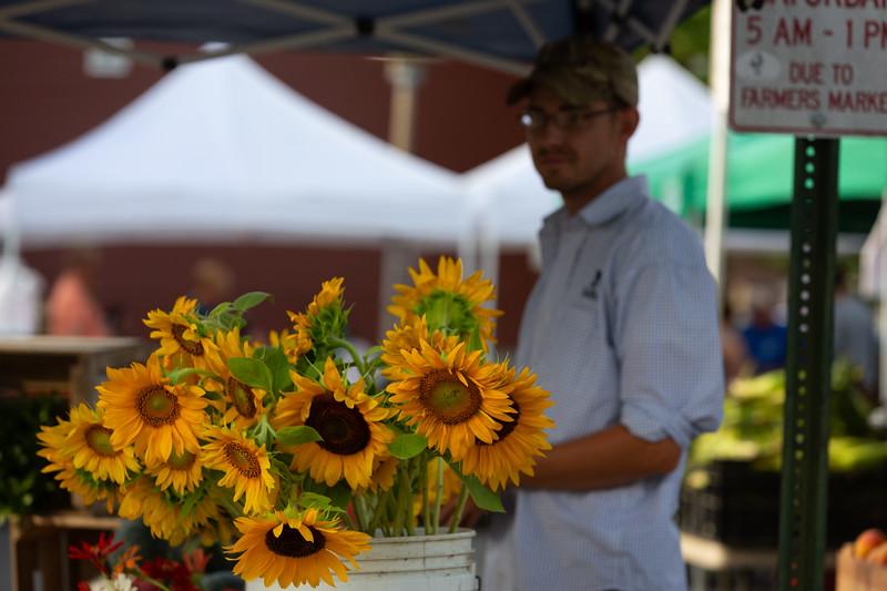 Del Ray Farmers Market 021.jpg