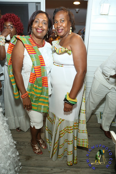 MAXINE GREAVES PURE WHITE ONTHE BAY A TOUCH OF AFRICA-8.jpg