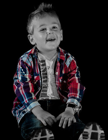Selective Coloring in Child Portrait