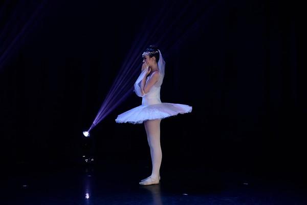 Haley Fukumoto - La Bayadere