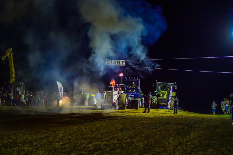 Tractor Pulling 2015 V3-0199-2.jpg