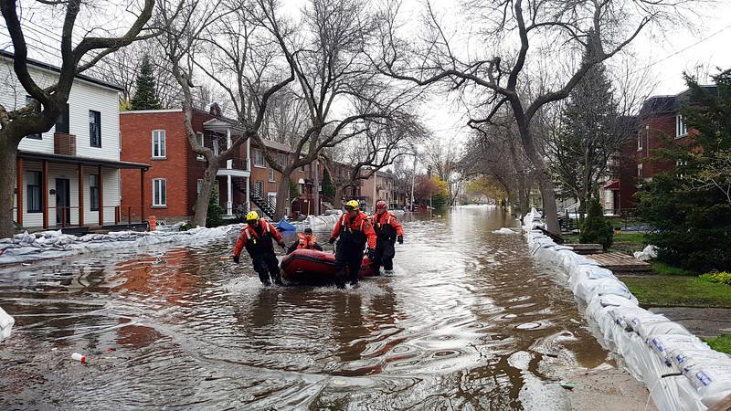 2017_Quebec_Floods_-_Montreal_(34416133911).jpg