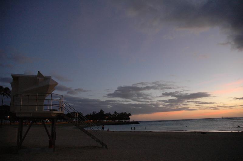 Hawaii - Ala Moana Beach Sunset-201.JPG