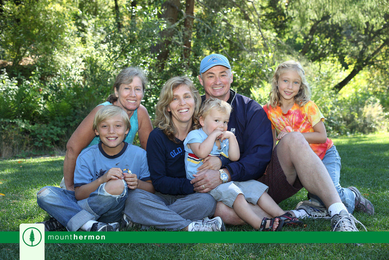 IMG_0567 Romine Family with Gramma.jpg