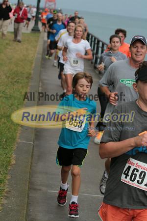 5K & 10K 2.4 Mile Mark Gallery 3 - 2014 The Drenth Memorial Foot Race/Ryan Shay Mile