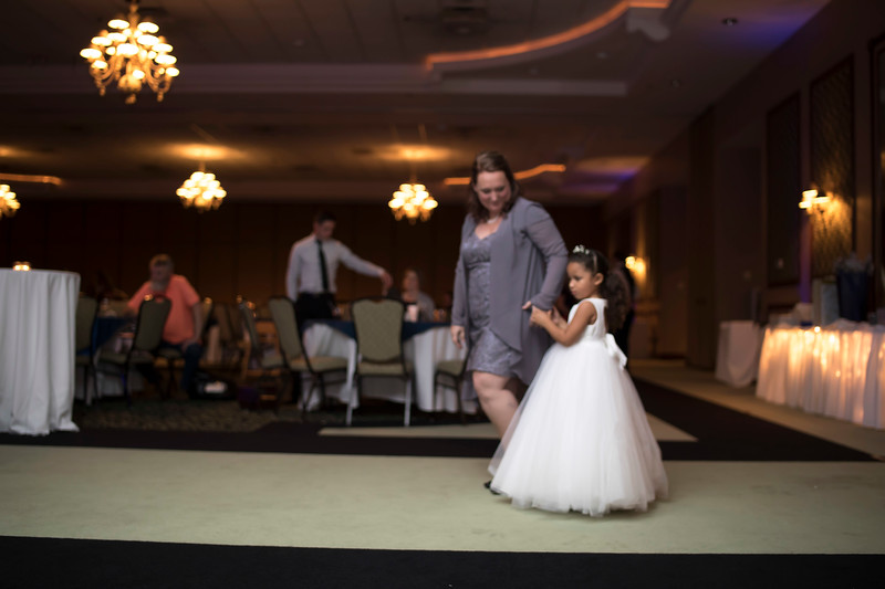 Amanda & Tyler Wedding 0922.jpg