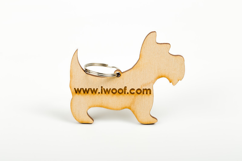 iwoof_designer_dog_accesories_collars_leads_toys_beds_luxury_posh_leather_fabric_tags_charms_treats_puppy_puppies_trends_fashion_bowls-0062.jpg