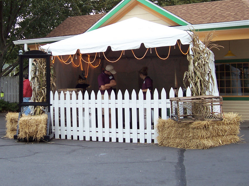 There was a soup stand in front of the Carousel Cafe. The soup was served in bread bowls.