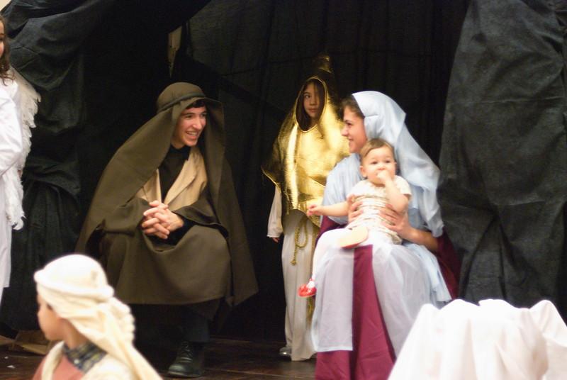 2014-12-21-Christmas-Pageant_144.jpg