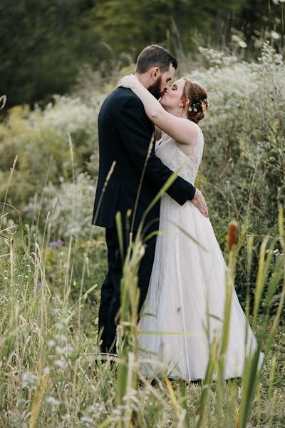 rustic_ohio__fall_barn_wedding-286.jpg