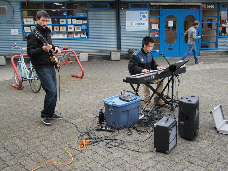 Oct. 19/13 - Buskers on Granville Island