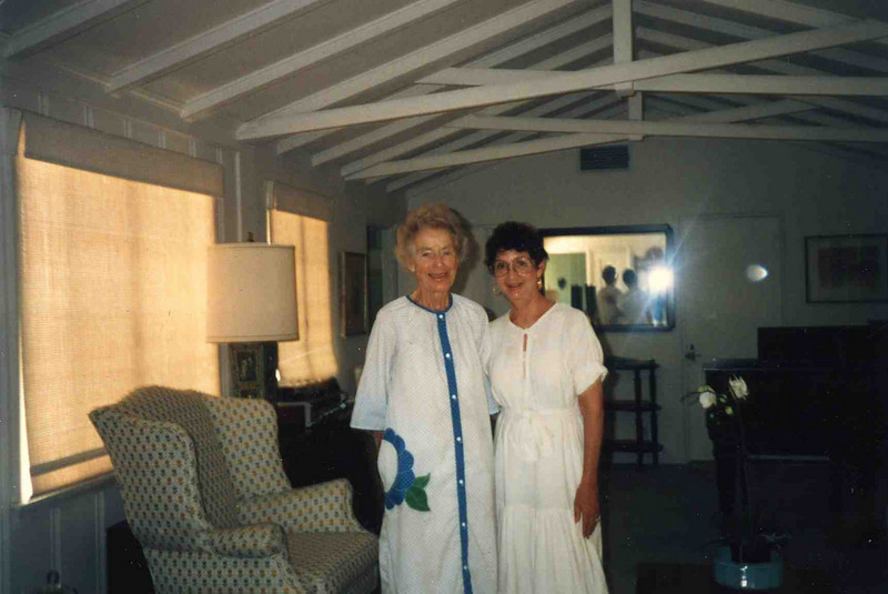 Aunt Sally and Grandma Jean.jpg