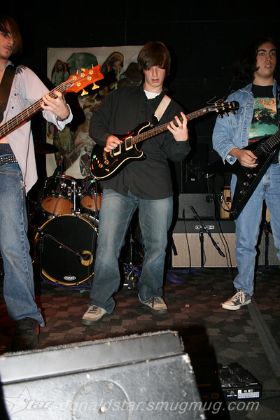 Paden Mullins Guitar at the 8 by 10 baltimore 2007 025.JPG
